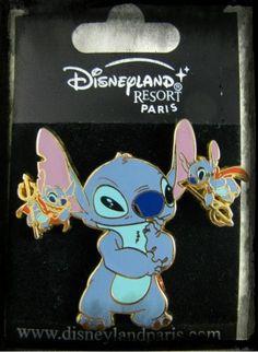 Stitch And Devils Pin Disney Stitch Pins, Disney Pins, Disney Art, Disney Pin Trading, Broches Disney, Lelo And Stitch, Disney Pin Collections, Disneyland Pins, Disney Addict