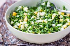 Veselīgi un spirdzinoši salāti, kas nāks tikai par labu tavai figūrai Cheddar, Sprouts, Grains, Rice, Vegetables, Food, Fine Dining, Cheddar Cheese, Essen