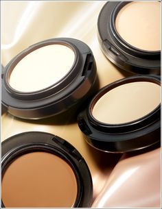 MAC Mineralize Foundation - oil-free with a beautiful lustrous finish that brightens the complexion.