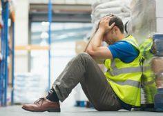 L'employeur doit prendre en charge l'entretien des tenues de travail Dès lors que le port de la tenue est obligatoire et inhérent à l'emploi, l'employeur ne peut refuser le prise en charge des vêtements de travail, juge la Cour de cassation dans un arrêt récent.