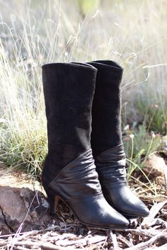 Black Leather Boots / Vintage 1980s Slouch Heeled Rocker Punk 90s Booties size 6