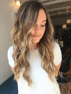Perfect fall bayalage. Warmth is good!!!!!!!! No more ash hair #fallhair #fallhair2017 #brunette #brown #blonde #brownhair #blondehair #haircolor #bayalage #longhair