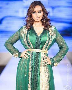 اللباس من تصميم المبدعة سهام الهبطي @siham_elhabti_hautecouture Email…