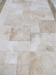 Ivory Travertine Pavers-Home and Garden Design Ideas! Patio Tiles, Outdoor Tiles, Outdoor Flooring, Outdoor Pavers, Balcony Flooring, Pool Pavers, Pool Landscaping, Travertine Pavers, Pool Remodel