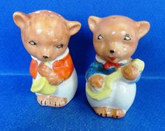 Vintage Bears Playing Musical Instruments Salt & Pepper Shakers 1950's Japan