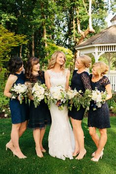 A Classic Navy and Gold Washington Wedding This pic really makes me re-think the dark gray and navy look with gold