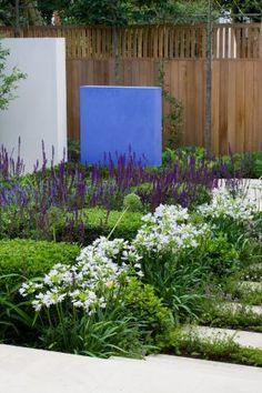 Reflection Garden 18 Charlotte Rowe Copyright Clive Nichols