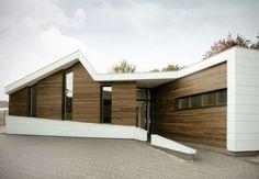 Osteopathie Praktijk Roosendaal. Location: Roosendaal, The Netherlands; firm: Zone Zuid Architecten; year: 2014