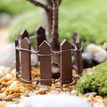 Cor aleatória Mini cerca barreira de resina de madeira em miniatura ofício fada do jardim terrário ramo Palings vitrine decoração Bonsai(China (Mainland))