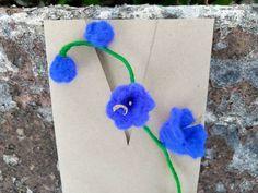 Funny Valentine, Valentines, Birthday Pins, Felt Gifts, Gift Envelope, Star Flower, Brooches Handmade, All Flowers, Flower Brooch