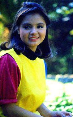 Julie Vega 80s Kids, Teen Fashion, Character Design, Celebs, Cute, Films, Style, Celebrities, Movies