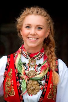East Telemark bunad from Norway - retains the values of traditional culture Folk Costume, Costumes, Costume Ethnique, Swedish Women, Folk Fashion, World Cultures, People Around The World, Traditional Dresses, Beautiful People