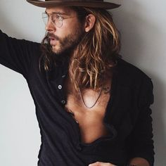 WEBSTA @ jackgreystone - I try to stay in a constant state of confusion just because of the expression it leaves on my face. By Czech Rocket Hair And Beard Styles, Curly Hair Styles, Jack Greystone, Long Hair Beard, Long Beards, Surfer, Man Bun, Good Looking Men, Mode Style