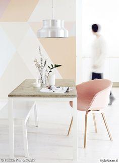 eteinen,moderni,olohuone,keittiö,väriseinä