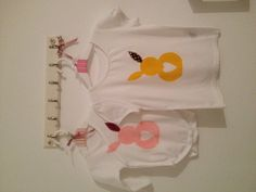 Kindershirts und Bodies mit Oster-Motiv! Onesies, Kids, Clothes, Fashion, Bebe, Diy Home Crafts, Appliques, Young Children, Outfits