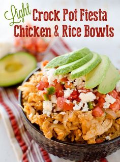 Light Crock Pot Fiesta Chicken & Rice Bowls | 14 Homemade Dinner Ideas To Complete Your Day by Homemade Recipes at http://homemaderecipes.com/healthy/dinner/14-homemade-dinner-ideas/