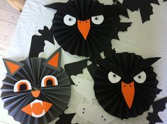 Halloween Art Projects, Halloween Arts And Crafts, Halloween Activities For Kids, Diy Projects For Kids, Fall Halloween, Halloween Decorations, Adornos Halloween, Origami Art, Scary Witch