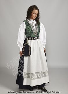 Providing information, photos and general knowledge of Norwegian bunad, festdrakts and folkdrakt. Bridal Crown, Folk Costume, Norway, Lace Skirt, High Waisted Skirt, Skirts, Clothes, Scandinavian, Dresses