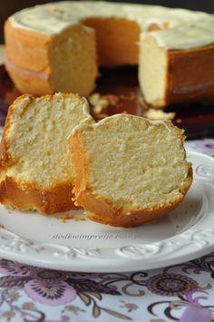 Sweet Recipes, Cake Recipes, Dessert Recipes, Polish Desserts, Sour Cream Pound Cake, Different Cakes, Sweets Cake, Tea Cakes, Pumpkin Cheesecake