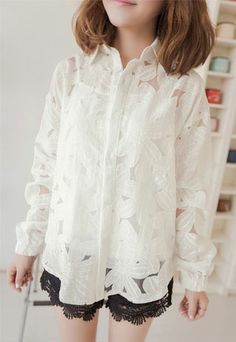 Price:24.9 USD Sweet Loose Fitting Floral Cutout Long Sleeve Shirt