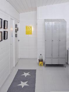 Industrial design  DIY  Interior - Selvlaget lys både elektronisk og med Bengalakk.
