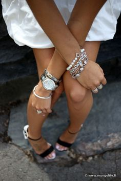.love a bit of arm candy.