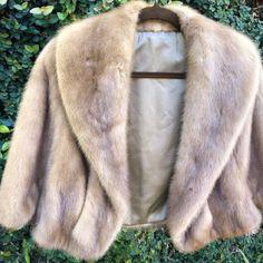Silver MINK Fur Stole Blue Iris Real Fur Wrap Sapphire | Etsy Winter Wedding Shawl, Winter Wedding Bridesmaids, Wedding Fur, Bridal Bolero, Bridal Cape, Gatsby, Retro Outfits, Vintage Outfits, Vintage Winter Weddings