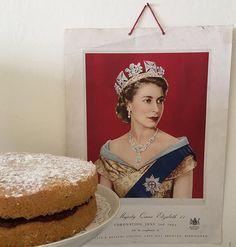 Victoria Sponge Cake, Crown, Corona, Crowns, Crown Royal Bags