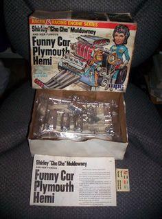 "MPC Shirley Muldowney ""Cha Cha"" Funny Car Plymouth Hemi Engine Model Kit 1/10 (08/19/2013)"