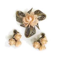 This is a super sweet Celluloid Flower Brooch and Earrings Set Peach Coral Vintage!   This brooch has a very dimensional celluloid flower as the centerpiece in an intricate... #vintage #jewelry #ecochic #vogueteam