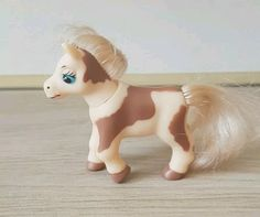 Skewbald magazine pony - cream hair Pony, Dinosaur Stuffed Animal, Horses, Plastic, Magazine, Cream, Pretty, Hair, Animals