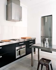 Barcelona minimalist classic kitchen stainless steel farmhouse stools black cabinets