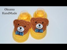 YouTube Booties Crochet, Crochet Baby Booties, Crochet Slippers, Free Baby Patterns, Baby Staff, Newborn Hats, Baby Hats, Baby Shoes Pattern, Crochet Kids Hats