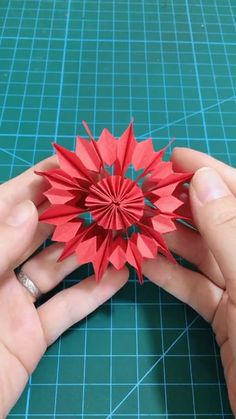 Diy origami windmill video tutorial Best Picture For DIY origami easy For Your Taste You are looking Diy Origami, Paper Crafts Origami, Paper Crafts For Kids, Diy Arts And Crafts, Creative Crafts, 3d Origami Tutorial, Dollar Origami, Origami Instructions, Paper Quilling