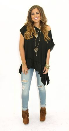 be23b0050aa7 Love everything about this outfit. The off shoulder shirt