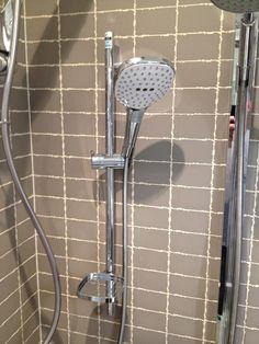 Shower x 2