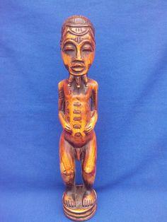Magnifique statue avec sa patine miel - Ethnie Baoulé - Côte d'Ivoire