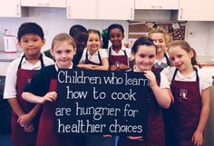 cooking with kids jamie oliver - Google Search Jamie Oliver Food Revolution, Date Recipes, Cooking With Kids, Learn To Cook, Get Healthy, Healthy Choices, Letter Board, Easy Meals, Teaching
