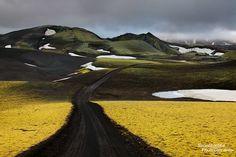 Road to Lakagigar