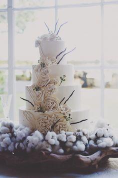 Southern wedding - white cotton cake