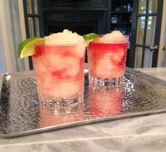 A Great Margarita (at Home) – Alicia Wood Lifestyle Drink Recipes Nonalcoholic, Healthy Cocktails, Drinks Alcohol Recipes, Fun Drinks, Cocktail Recipes, Alcoholic Beverages, Fun Cocktails, Mixed Drinks, Best Margarita Recipe