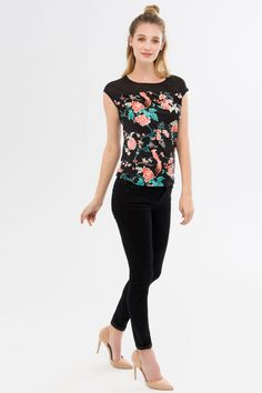 9f8194520c70e Suzy Shier Floral Top With Cutout Detail Floral Tops