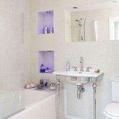 O #box deve ter espaço para colocar shampoos, sabonetes e outros  itens de banho. Ao invés de pôr tudo no #chão, ou na #janela, que tal fazer nichos iluminados com #LED? Não fica muito mais prático e bonito? #homedecor #ficaadica #inspiração