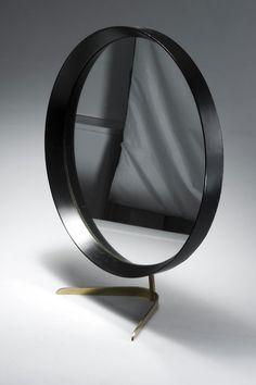 Kalmár Vienna Table mirror designed c. Hallway Mirror, Mirror With Shelf, Table Mirror, Mirror Mirror, Metal Furniture, Luxury Furniture, Furniture Design, Interior Accessories, Bath Accessories