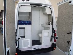 Anche quest'anno Helix Camper, il noto allestitore piemontese di van furgonati di alta gamma,porterà all'imminente Salone del Cam