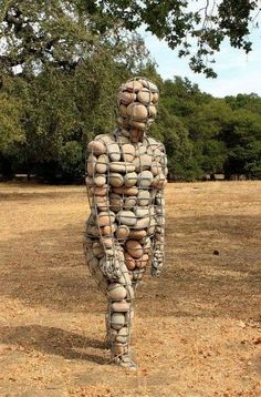 Natural & Modern Outdoor Gabion Ideas - Balcony Decoration Ideas in Every Unique Detail Driftwood Sculpture, Outdoor Sculpture, Stone Sculpture, Outdoor Art, Human Sculpture, Sculpture Art, Garden Sculptures, Sculpture Ideas, Ephemeral Art