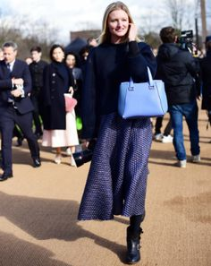 12 cool ideas on how to wear denim from LFW street style stars Stylish Street Style, London Street, Fashion Updates, Hermes Birkin, Star Fashion, Singapore, What To Wear, Cool Stuff, Stars