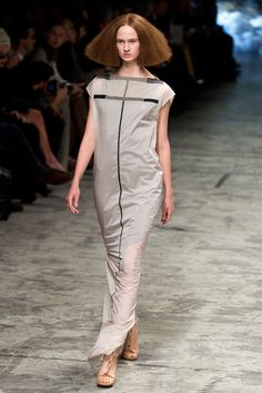 Rick Owens Spring 2013 Ready-to-Wear Fashion Show - Fanny Kisbajcsi (IMG)