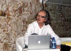 Crónica de la charla de Guillermo Viglione de Dimensión San Sebastián