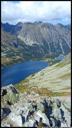 Czarny Staw i Morskie Oko w Tatrach ze szczytu Szpiglasowego Wierchu  Tatry Wysokie/ Polskie Góry / Tatra Mountains #Tatry #Tatra-Mountain #Góry #szlaki-górskie #piesze-wędrówki-po-górach #szczyty-górskie #Polska #Poland #Polskie-góry #Szpiglasowy-Wierch #Szpiglasowa-Przełęcz #Zakopane #Tatry-Wysokie #Polish Mountains #Morskie-Oko #Czarny-Staw #na -szlaku-z-Doliny-Pięciu-Stawów-poprzez-Szpiglasową-Przełęcz-i-Szpiglasowy-Wierch-do-Morskiego-Oka #turystyka-górska Rivers, Lakes, Pools, Poland, Boat, Mountains, Nature, Travel, Image